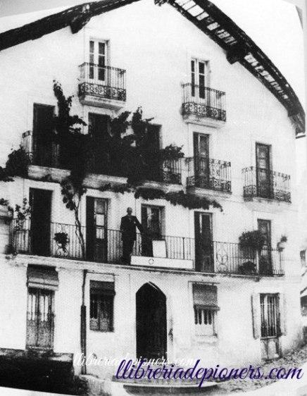 façana hotel pla-llibreriapioners