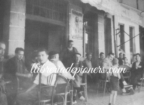 terrassa cafè principal - llibreriadepioners