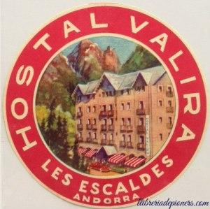 # Calendari d'advent 2016 # 4 de desembre 2016 # Etiquetes de maleta # Hostal Valira #Escaldes-Engordany #Els pioners de l'hoteleria andorrana