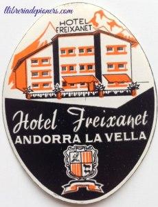 # Calendari d'advent 2016 # 8 de desembre 2016 # Etiquetes de maleta # Hotel Freixanet #Andorra la Vella #Els pioners de l'hoteleria andorrana